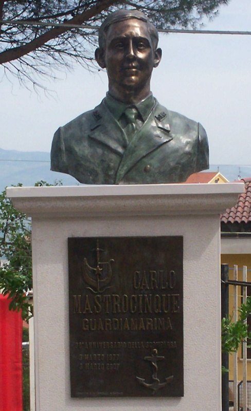 You are browsing images from the article: Inaugurazione busto bronzeo a Carlo Mastrocinque